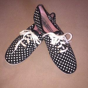 Keds sz 9.5 black and white polka dot